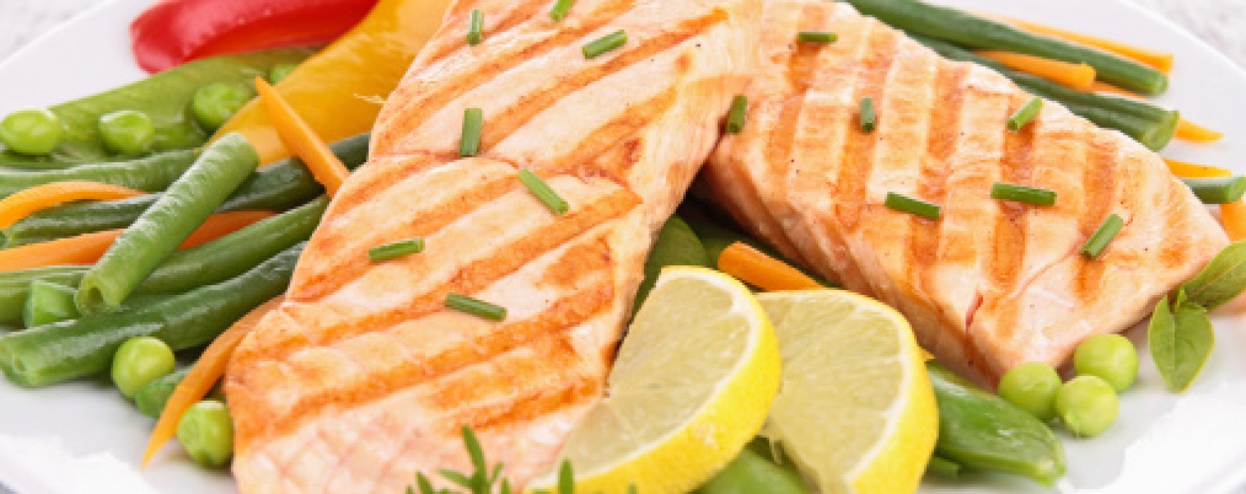 Veggie Diets, Especially With Fish, Cut Colorectal Cancer Risk