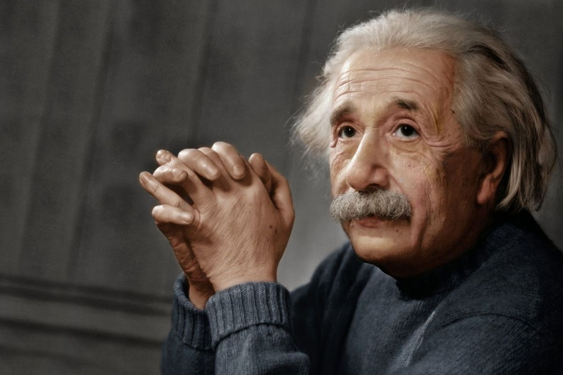 Biography of Albert Einstein and his Life