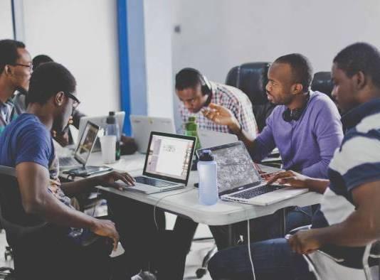 Concours d'innovation numérique/Euromena Awards lance le concours des startups africaines/20 starups africaines récompensées par la Banque Mondiale/Top 10 des pays africains