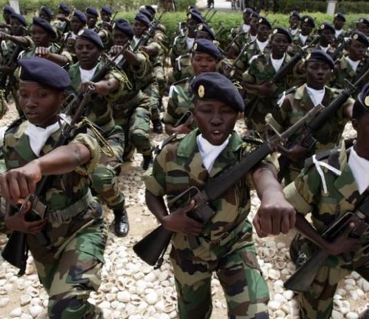 corps militaires et paramilitaires