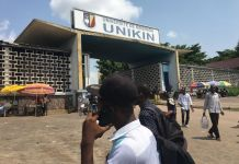 Étudiants exclus de l'université de Kinshasa Unikin