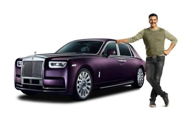 Akshay Kumar net worth 2021