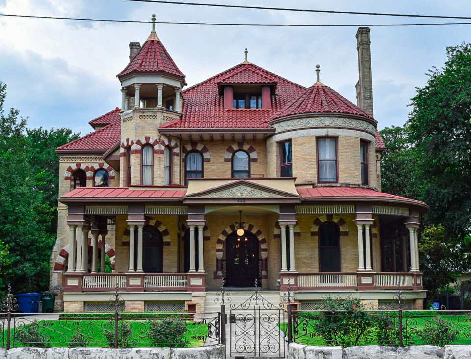 Victorian home in King William District