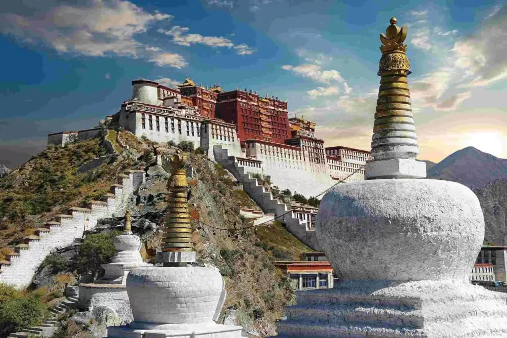 Tibet - Most Romantic Holiday Honeymoon Destinations for Couples