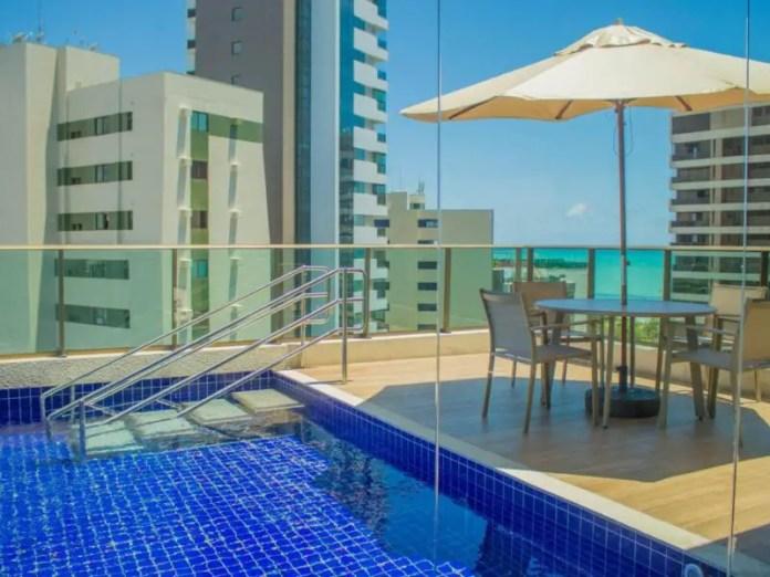 Freitas Residence Recife pool area