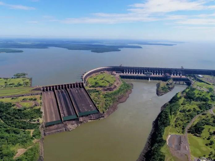 Itaipu's Dam