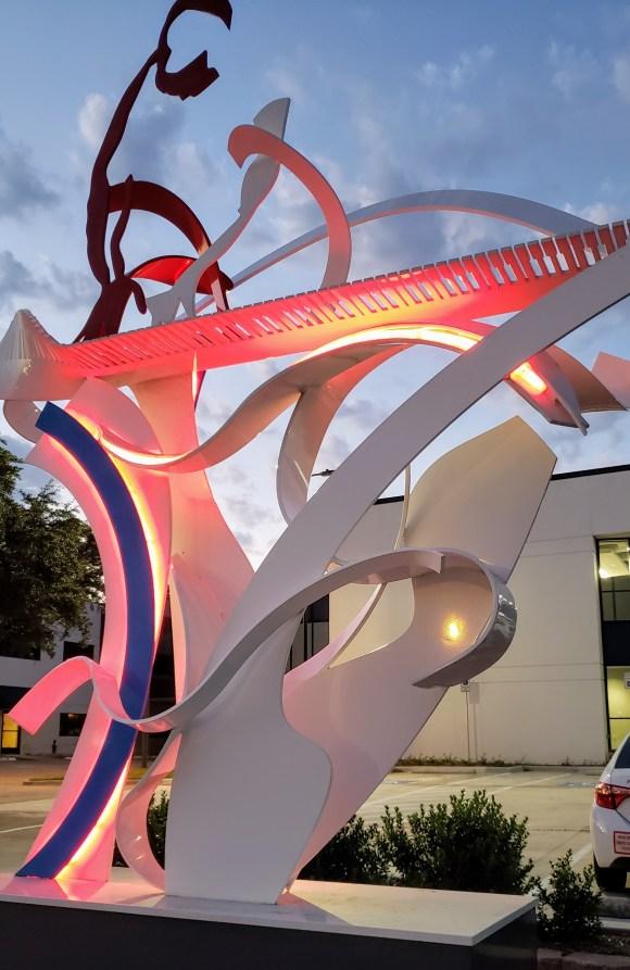 Pianist Sculpture, Plano Arts District