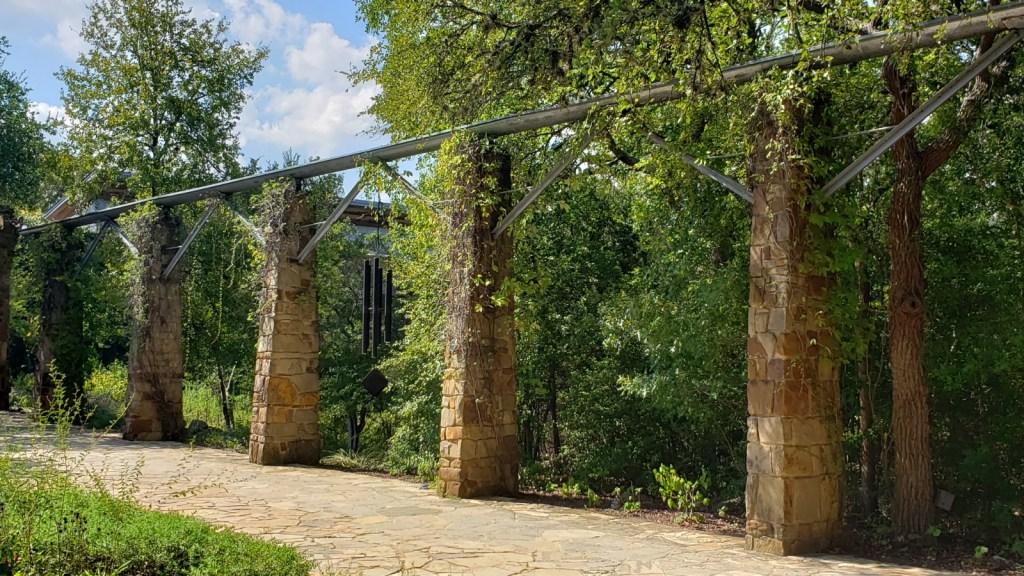 Aqueduct system