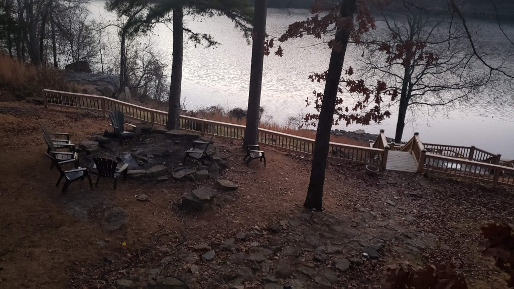 Lower deck with outdoor fire pit