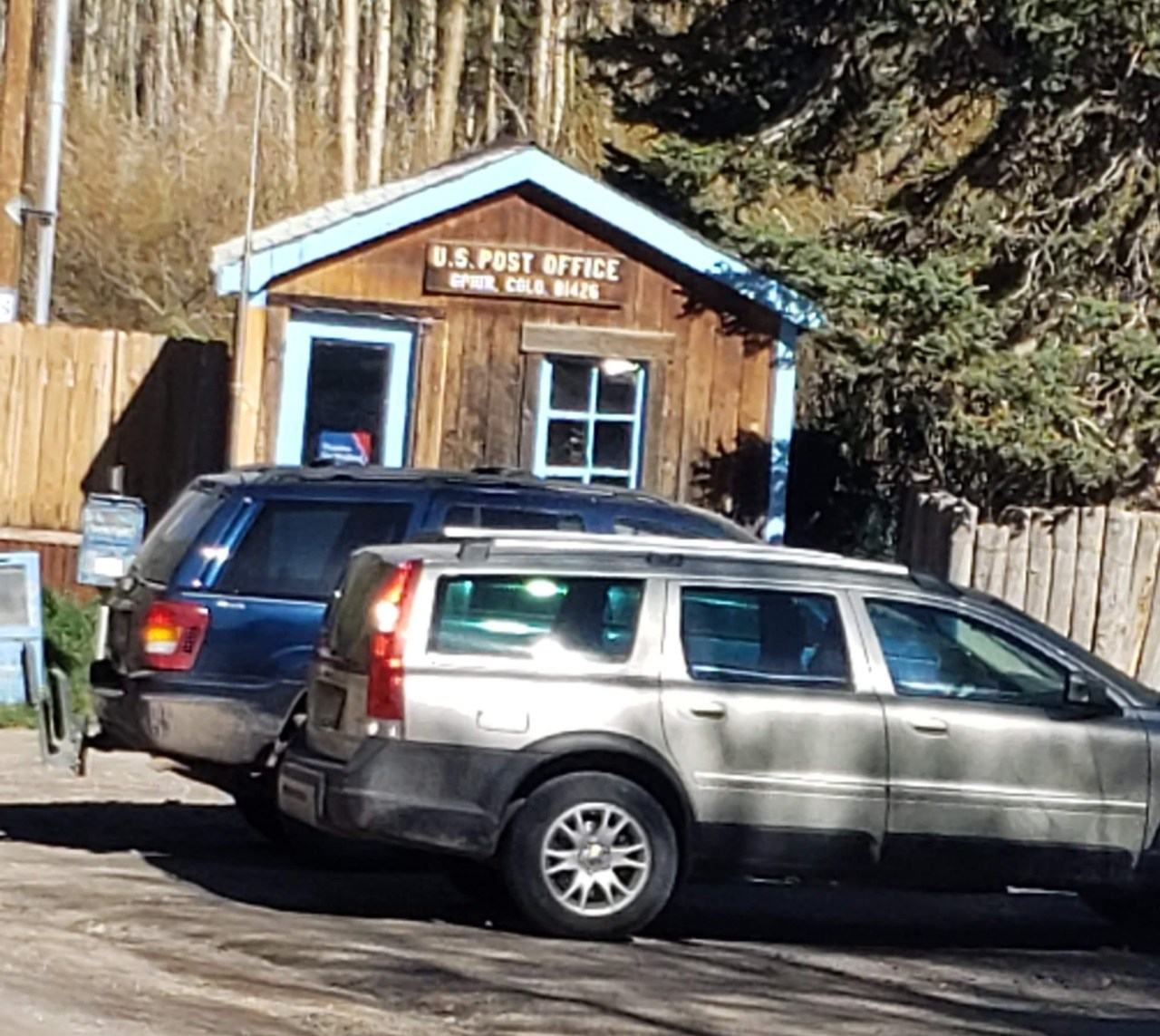 second smallest US postal office in Ophir