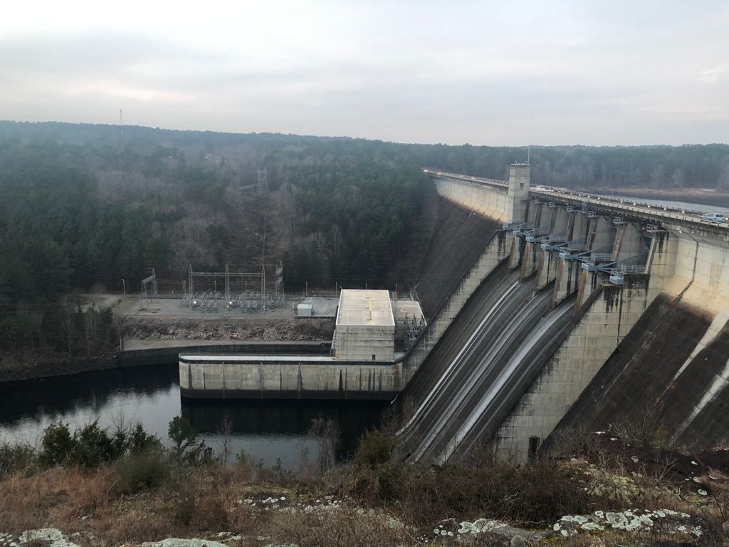 profile photo of the Greers Ferry Dam structure