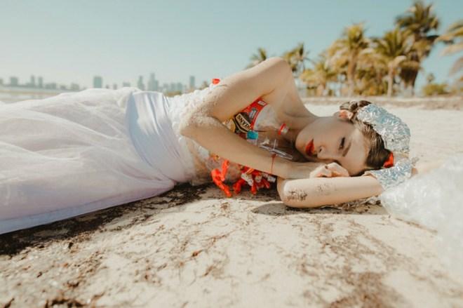 fashion revolution fashionrev miami florida journalist journeyof a braid sustainability plastic no more