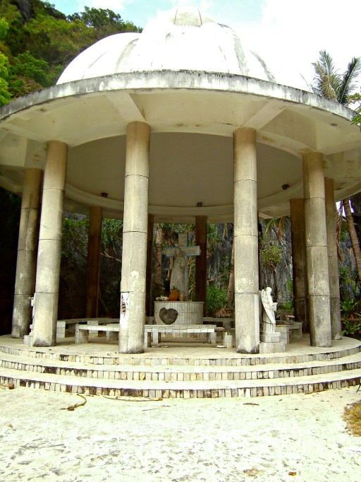 Matinloc Shrine