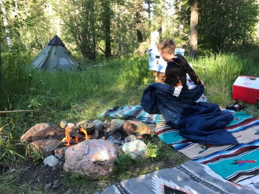 Camping evergreen valley