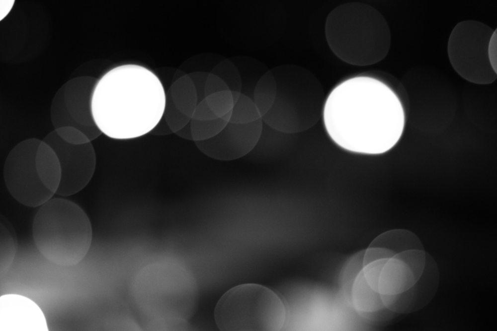 Black and White Bokeh (again)