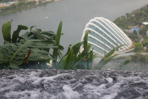 Whirlpool , Garden ,enjoy the water massage and view