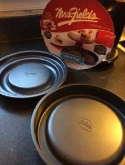 Fill N Flip Cake Pan