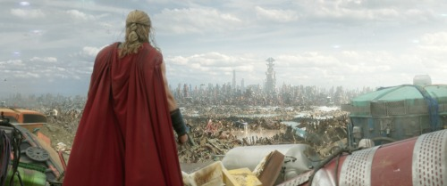 THOR: Ragnarok- Brand New Trailer and Poster