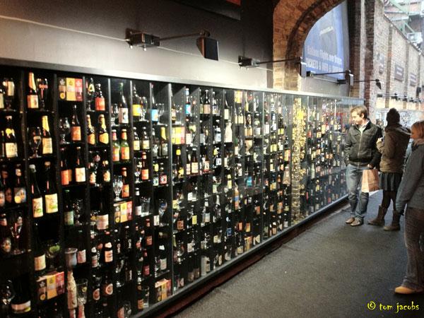beer wall bruges