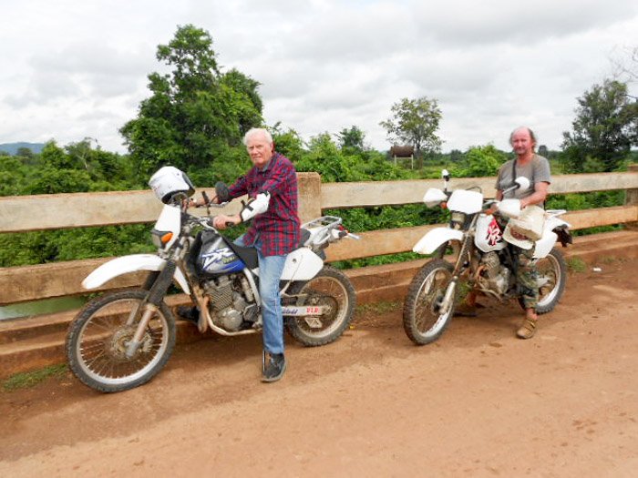 Battambang motorbike tour