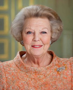 DEN HAAG - Portret Koningin Beatrix in Paleis Noordeinde in Den Haag.