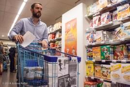 ggemeenteraad Groningen kooptin voor voedselbank 2014-joshuakeller-1257