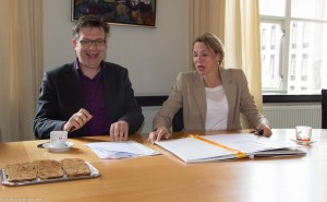 groningen-centrum-stadhuis-grote markt-ondertekening convenant arbeidsmarktregio defensie-4