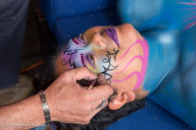 Holdhands4humanity BodyPaint-4225