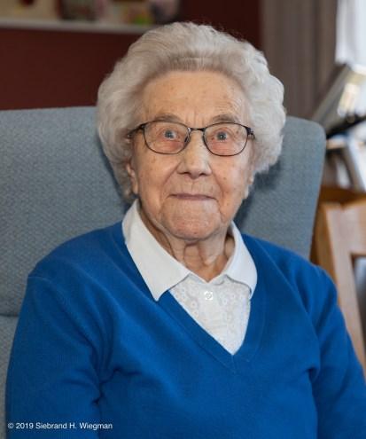 100-jarige mevrouw Van der Veer-8712