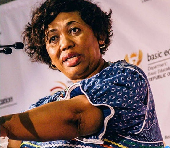 Is Minister of Education Angie Motshekga in relationship with a Ben 10?