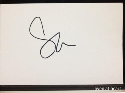 Sara autograph