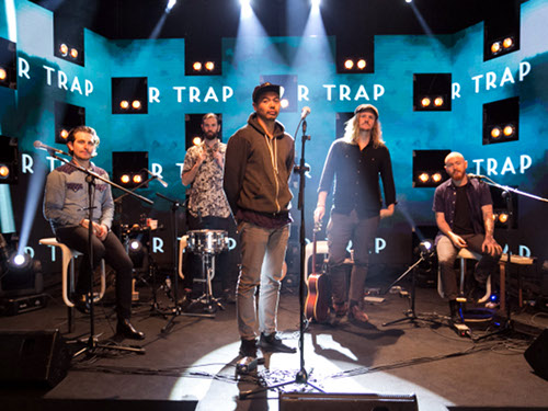MTV Sessions The Temper Trap 1. Photo credit: MTV Asia/Aloysius Lim