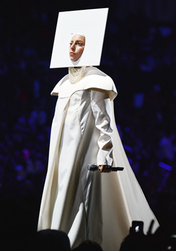 2013 MTV Video Music Awards - Lady Gaga