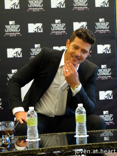 IMG_8288-20130809-robin-thicke-press-conference-malaysia-mtv-world-stage