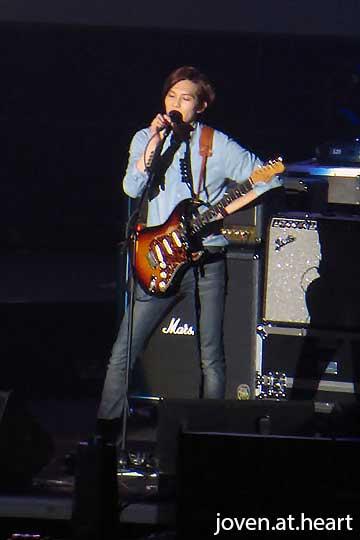 CN Blue Can't Stop Singapore 2014 -- Jonghyun