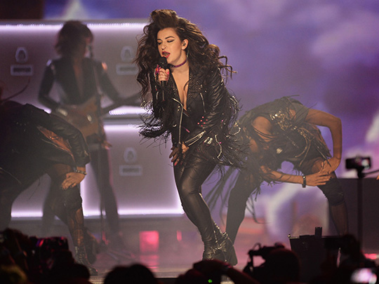 Charli XCX @ MTV EMA 2014 (© Getty Images for MTV)