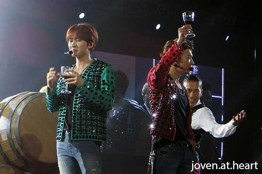 Eunhyuk's reaction after drinking wine @ Super Junior D&E Asia Tour 2015 -Present- in Taiwan