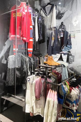SM artists wardrobe