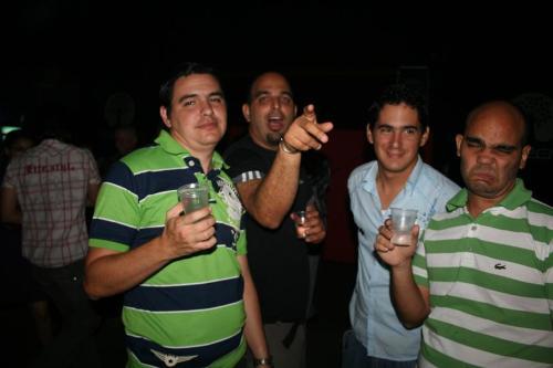 A juzgar por el rostro de seguro lo que estaba tomando no era Havana Club. Por orden Yurisander Guevara Zaila , Alejandro Cruz Pérez, Alberto Manuel León Pacheco, Carlos Alberto Pérez Benítez
