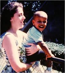 Barack Obama con su madre