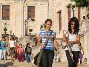 estudiantes_cuba