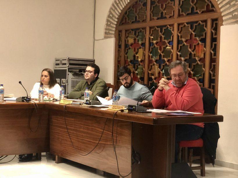 El Pleno aprueba por unanimidad la propuesta de Jóvenes por la Colonia relativa a la información y concienciación sobre la recogida de excrementos de las mascotas