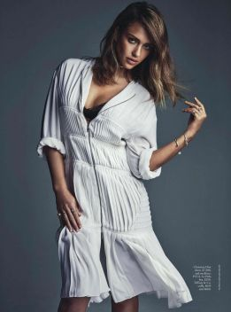 jessica-alba-vogue-magazime-australia-february-2016-issue-1