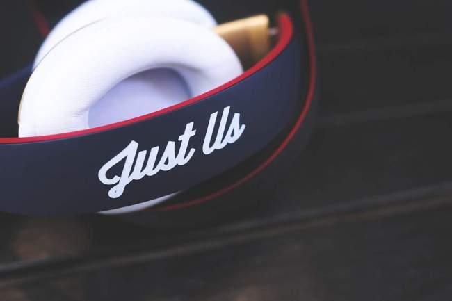 KITH x BEATS BY DRE STUDIO headphones-pill-2-0-speaker-3