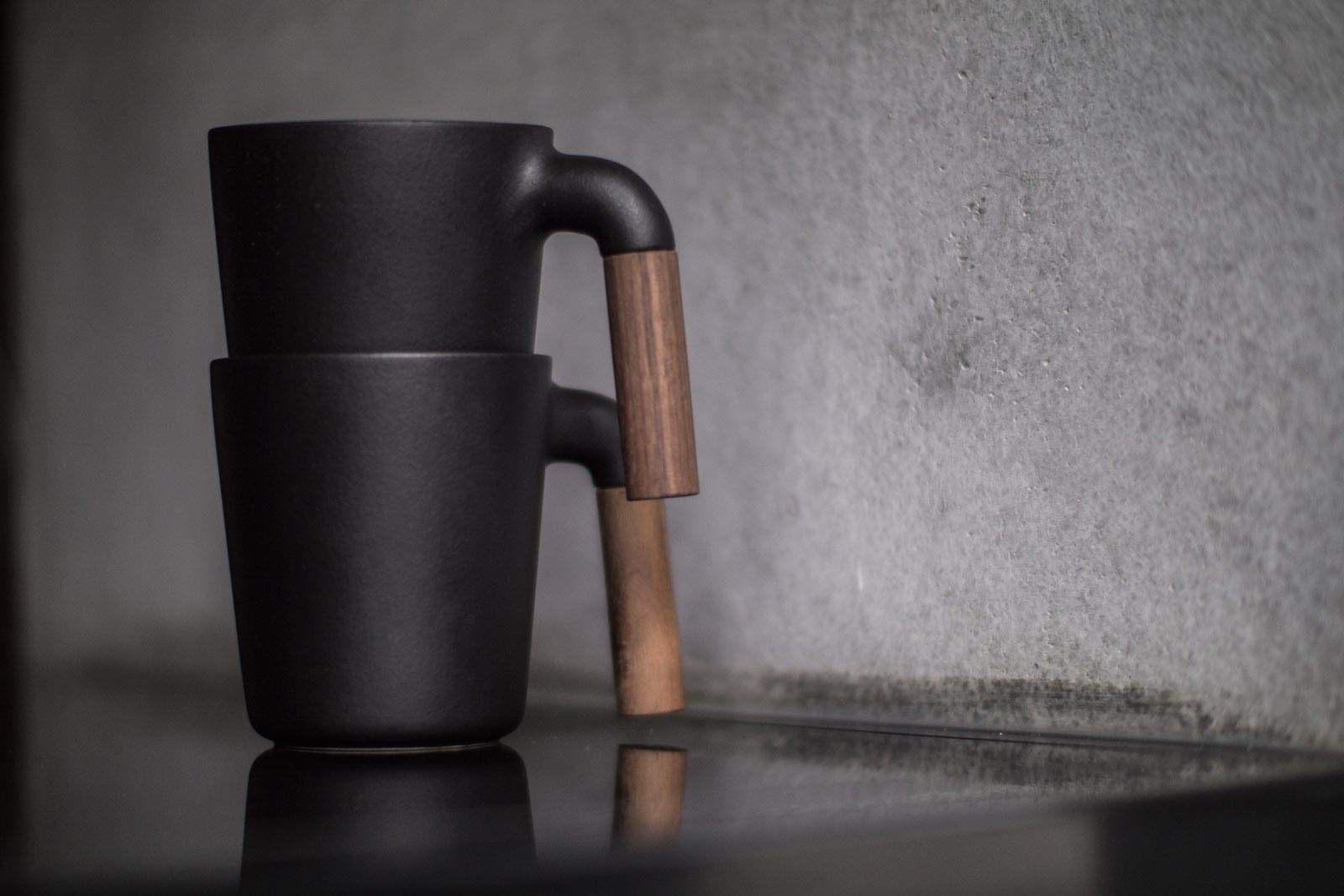 Mug design HMM™ MUGR - Ceramic + Walnut