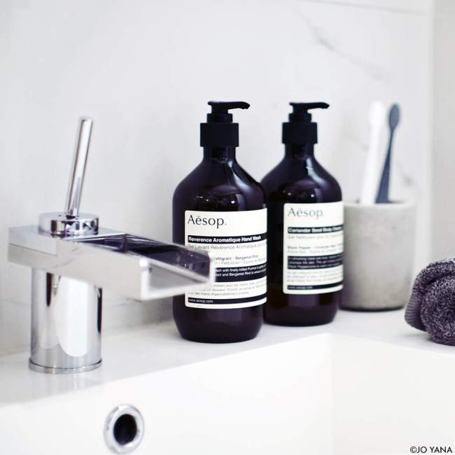 BLOG_BATHROOM_AESOP