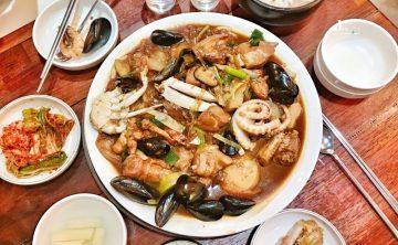 [韓國首爾-明洞美食推薦]和雞鍋湯有著不同風味的安東燉雞안동찜닭 超嫩又下飯的紅燒雞肉 ♥ 小Connie愛夢遊。遊記食記
