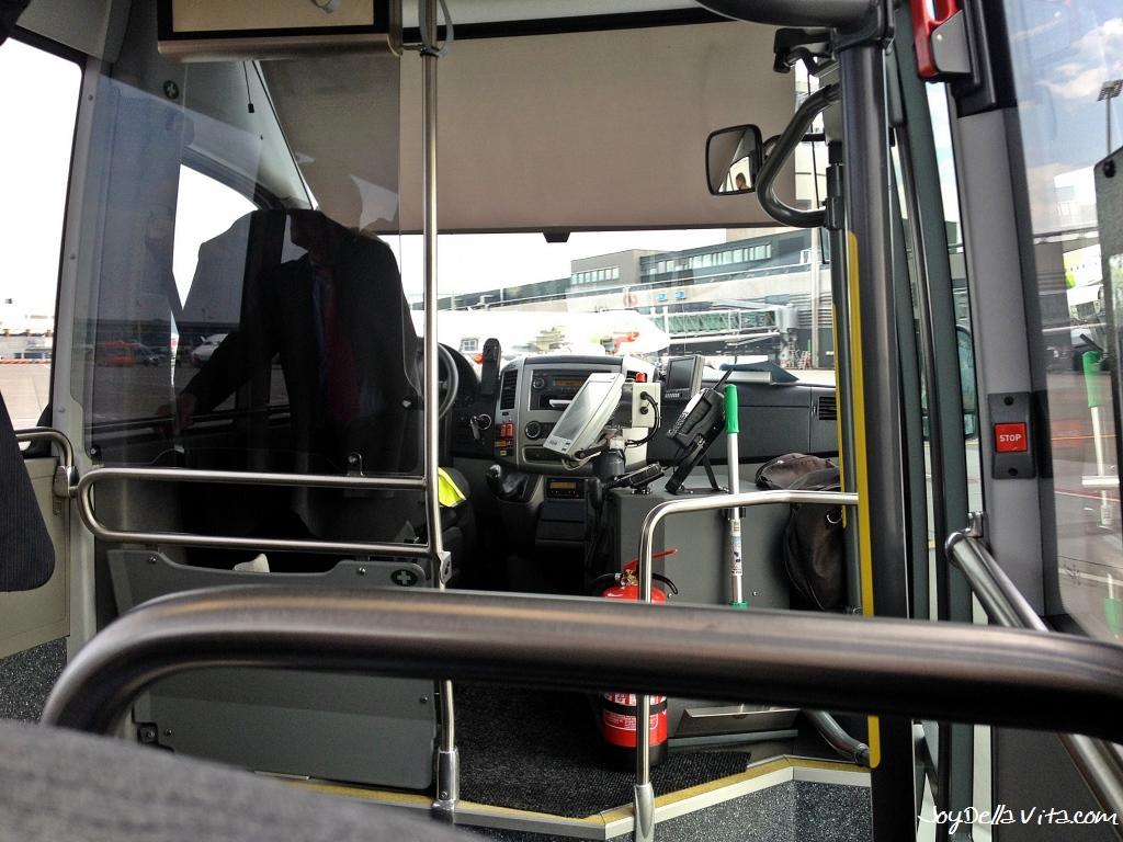 Business Class Transfer to the Airport - ZRH Zurich Kloten