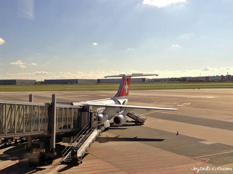 Flying SWISS Business Class to Zurich from Hanover in an Avro RJ100