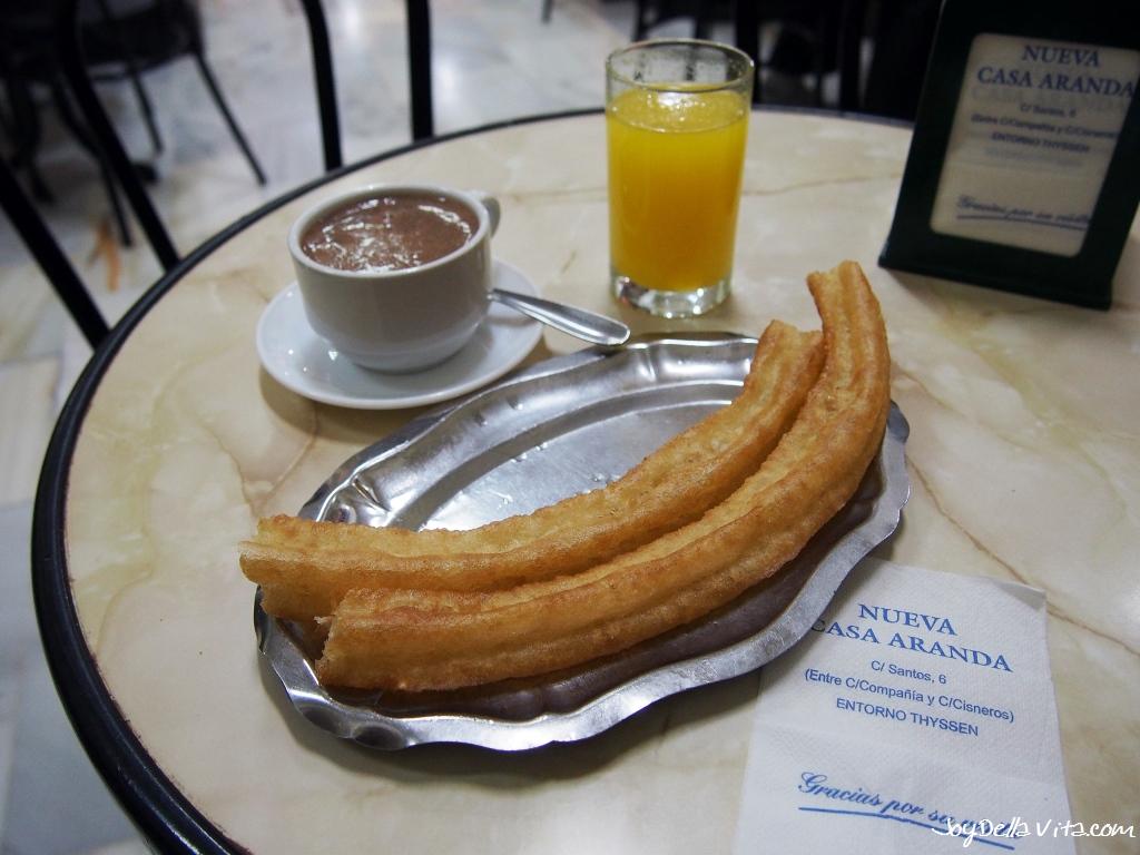 Churros, Hot Chocolate and a fresh orange Juice at Casa Aranda in Malaga